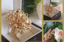 טבעת פיסול אומנותי בכדורי זהב