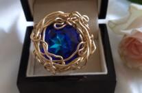 """טבעת גולדפילד 14 קראט וסברובסקי דגם """"המערה הכחולה"""" בהשראת האי קאפרי"""